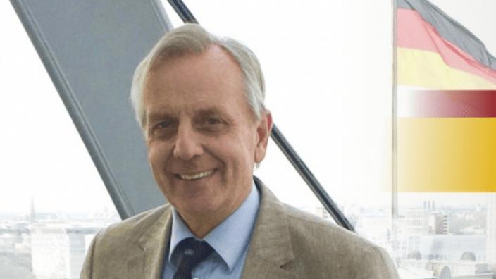 Dr. Michael von Abercron